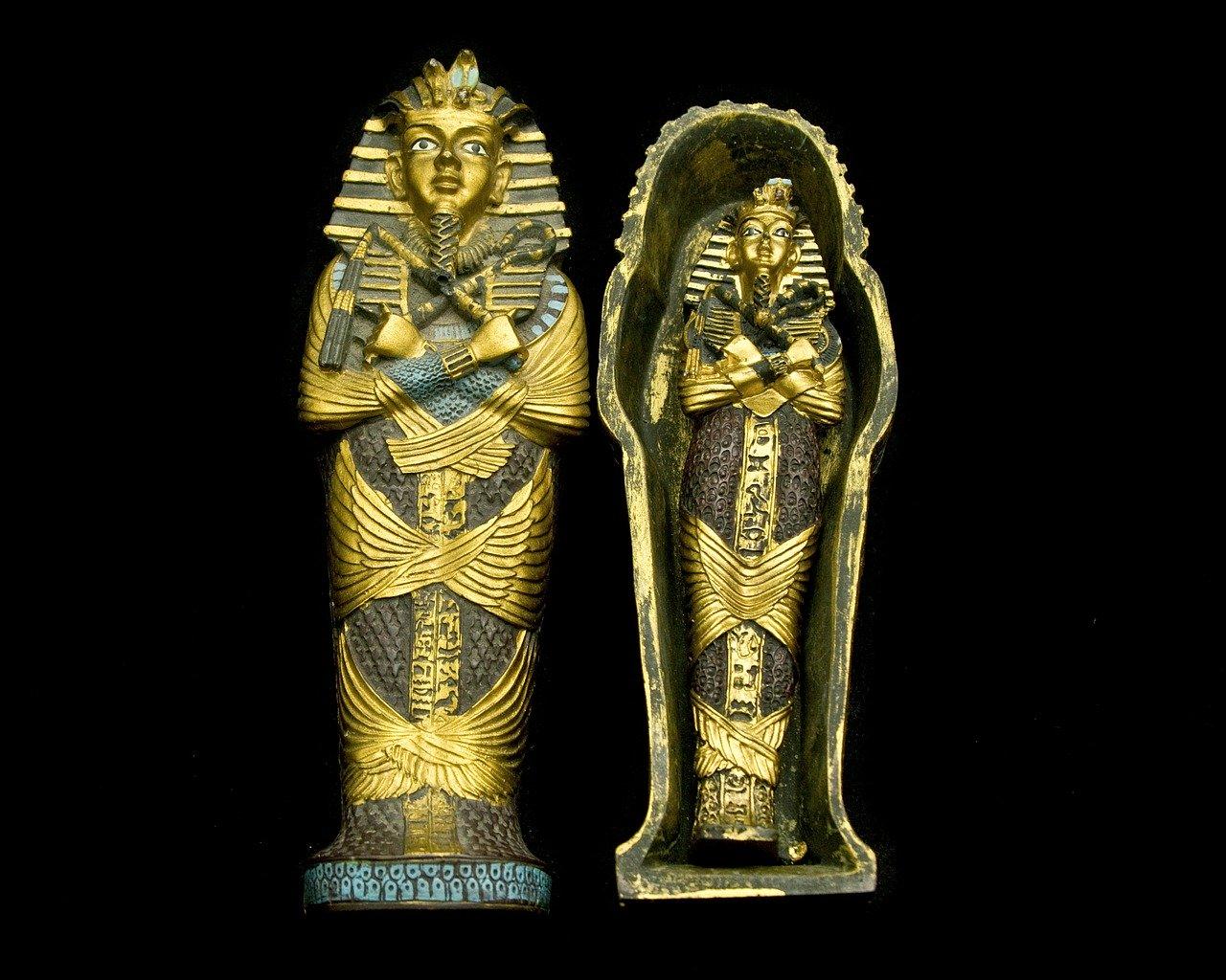 1589475227-sarcophagus-469273-1280-1.jpeg