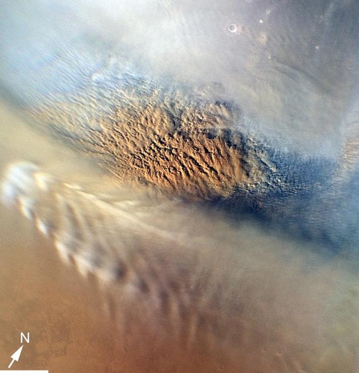 Грозовые тучи над Марсом