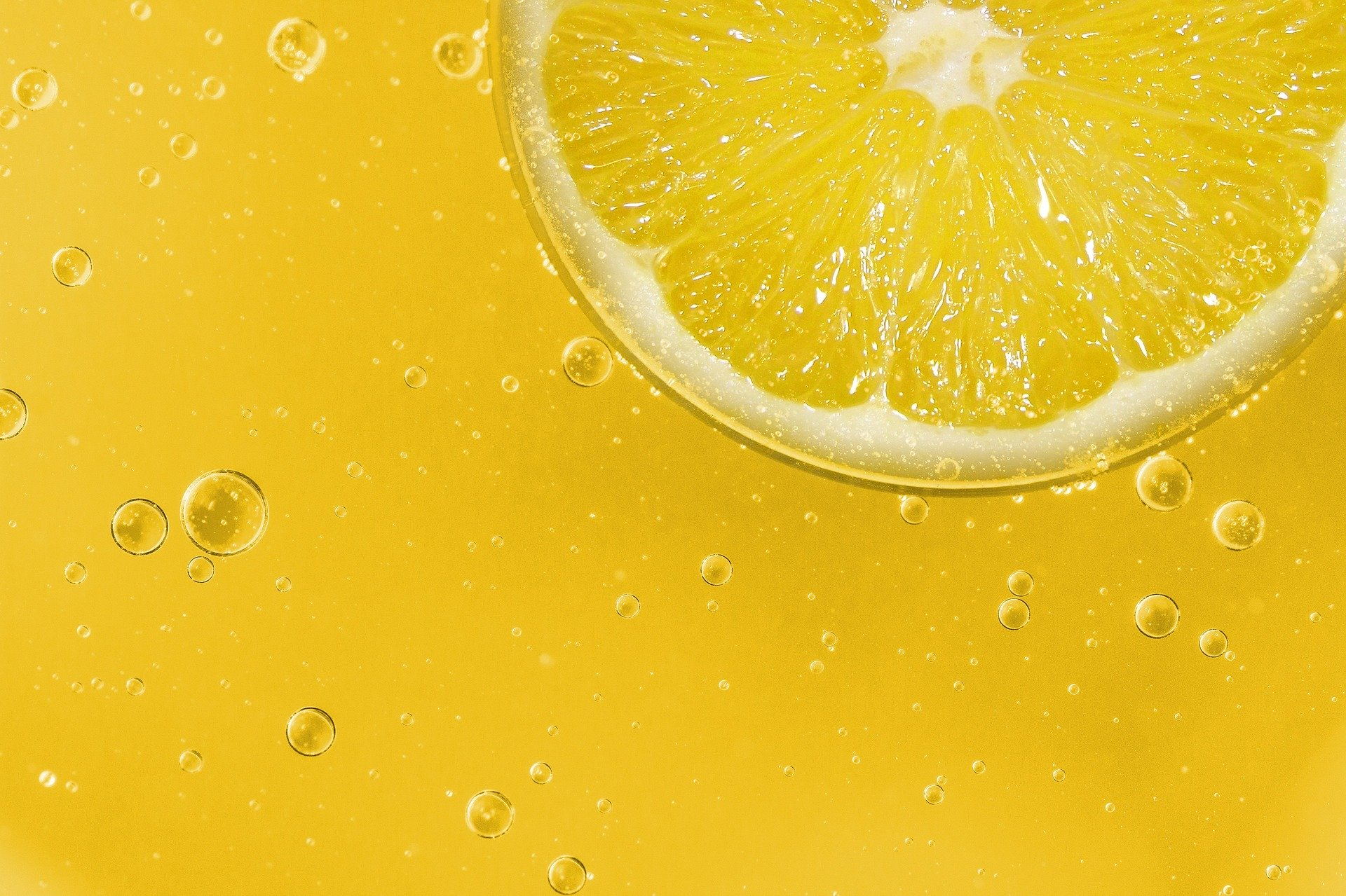 1597549479-lemon-1444025-1920.jpeg