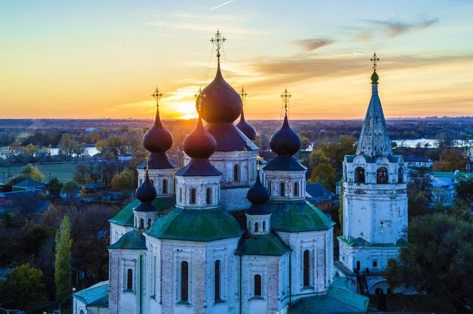 Вид на Воскресенский войсковой собор и станицу Старочеркасскую